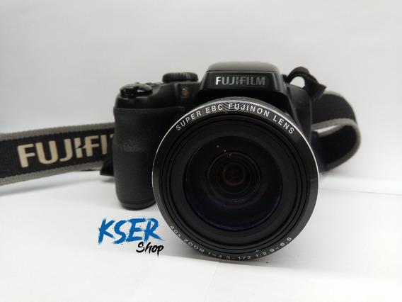 Cámara Fujifilm Finepix S8200. Zoom 40x