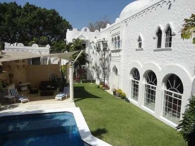 Casa En Lomas De Vista Hermosa, Cuernavaca