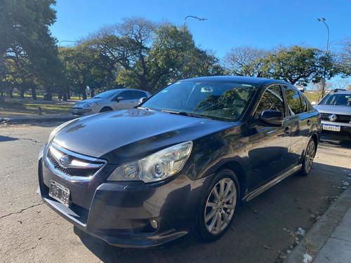 Imagen 1 de 15 de Subaru Legacy