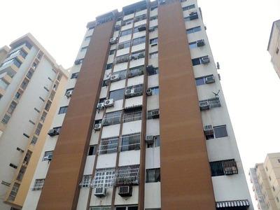 Hermoso Y Comodo Apartamento En Venta, Maracay Aragua Jca