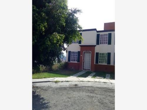Casa Sola En Venta Jacarandas De Banthi