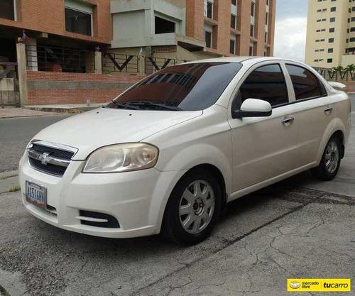 Imagen 1 de 9 de Chevrolet Aveo Lt Automatico