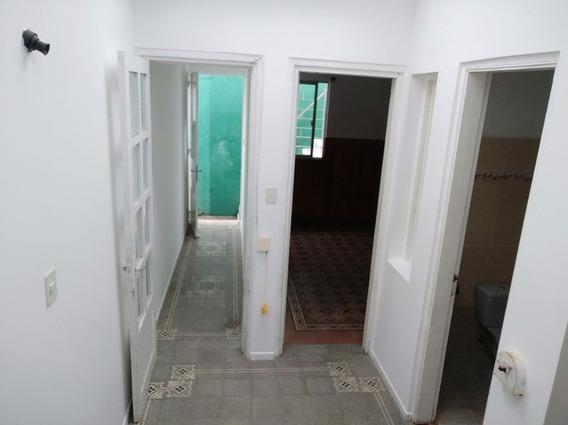 Apartamento 2 Dormitorios La Blanqueada Bajos Gastos Comunes