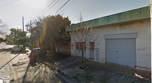 Imagen 1 de 7 de Casa Para 2 Familias En Venta En Villa Luzuriaga