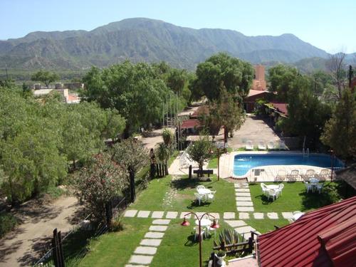 Habitación Con Baño Privado,cochera Cubierta, Solo Con Dni