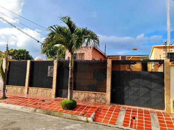 Casa En Venta La Morenera Cabudare 20-2575vc