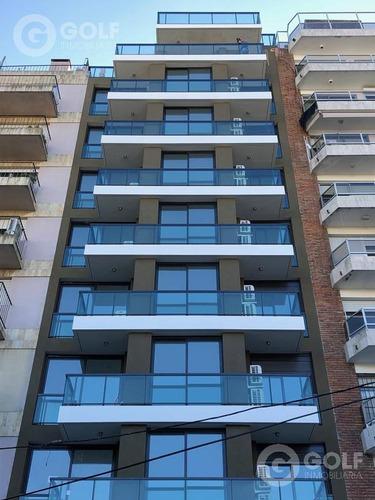 Vendo Apartamento De 1 Dormitorio A Estrenar, Terraza Con Vista Despejada, Punta Carretas