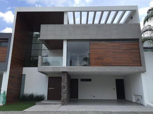 Casa En Venta En Lomas De Angelópolis, Cluster 11 11 11