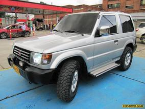 Mitsubishi Montero 2600cc Mt Aa
