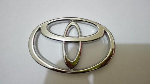 Imagen 1 de 6 de Emblema Persiana Toyota Macho 4.5 De Tornillos Envio Gratis