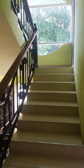 Alquiler Apartamento, 4 Habitaciones, Segundo Piso