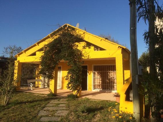 Vendo Casa 50 Mts De La Playa