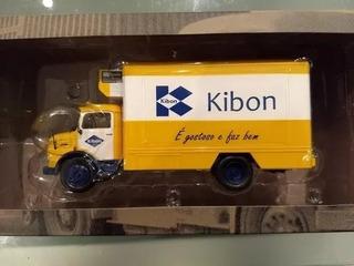 Miniatura De Caminhão Kibon Em Escala 1/43