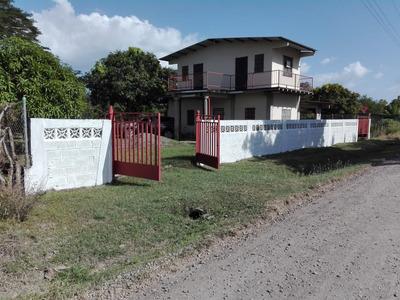 Venta Casa De Playa En Juan Hombron, Anton.cocle; Negociable