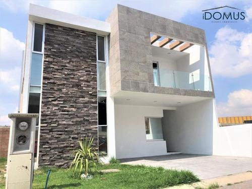 Imagen 1 de 12 de Casa Sola En Venta Residencial Platinum