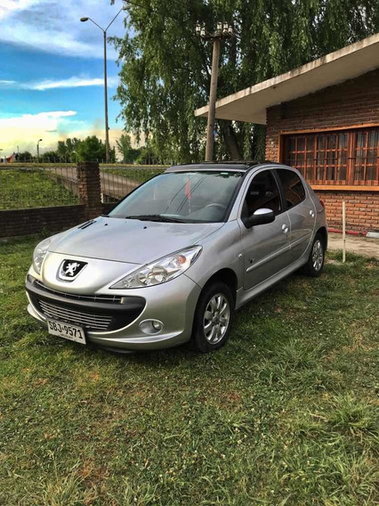 Peugeot 207 Black And Silver 1.4 Año 2010