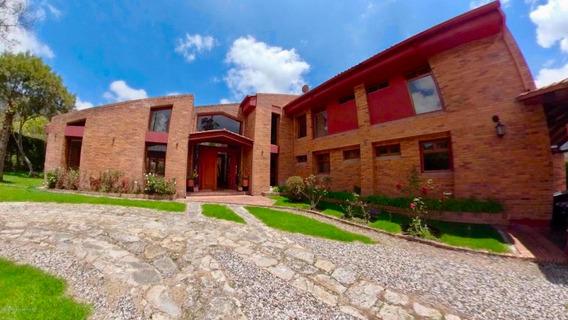 Casa En Venta En Vereda El Salitre La Calera 19-901sg