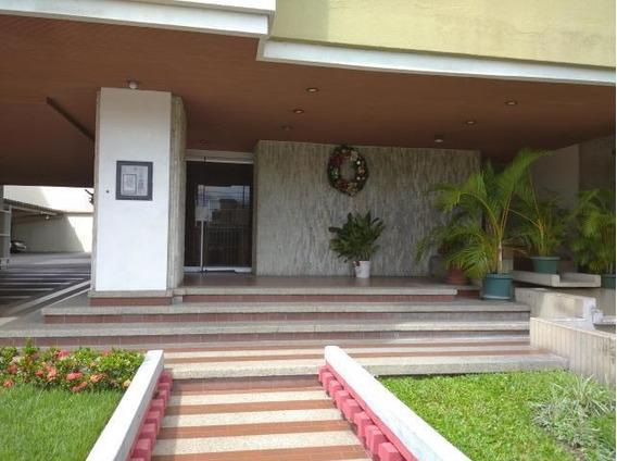Amplio Apartamento En Alquiler Zona Norte.cod 20-563 Sh