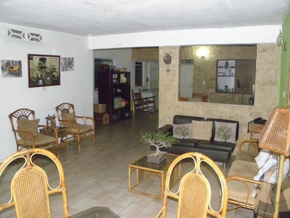 Casa En Venta La Isabelica Valencia Cod 20-8140 Ycm