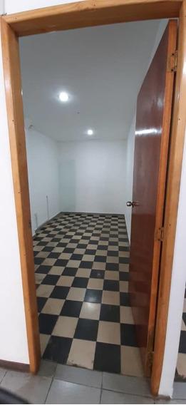Alquiler Oficina 20 Mts La Candelaria (ls04143026258)