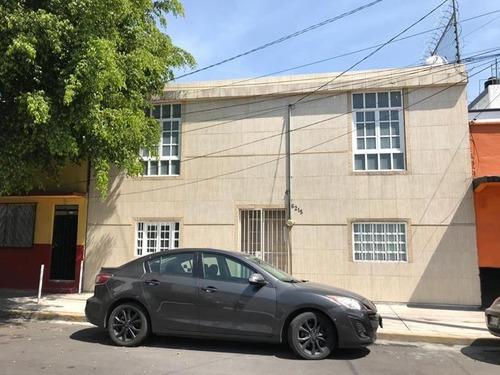 Casa En Venta En Gertrudis Sánchez, Gustavo A. Madero, Cdmx