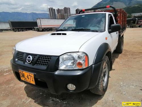 Nissan Frontier Np300 2500 Cc Mt 4x4 Td Estaca