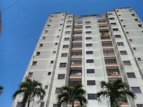 Apartamento En Venta Barquisimeto Rah: 19-1682