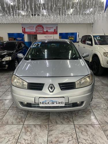 Renault Megane 1.6 Expression Hi-flex 4p 2007