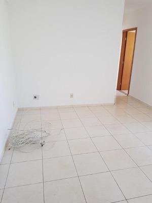 Apartamento Em Samambaia Sul, Samambaia/df De 70m² 3 Quartos À Venda Por R$ 225.000,00 - Ap229295
