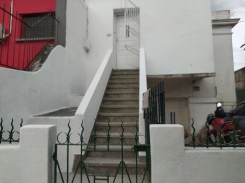 Dueña Vende Casa En Linda Zona De La Teja