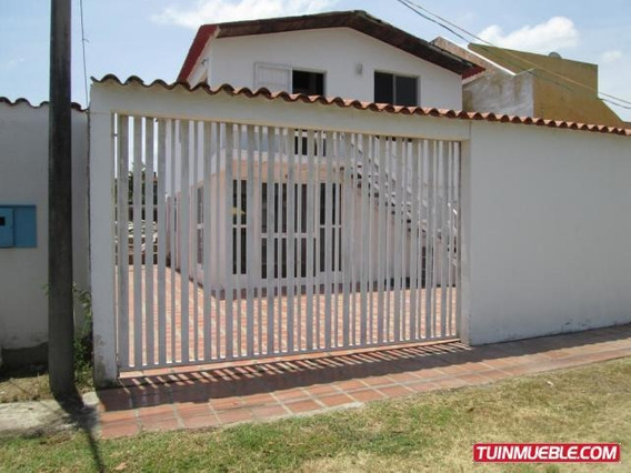 Casa En Venta - Carmen Lopez - Mls #19-16451