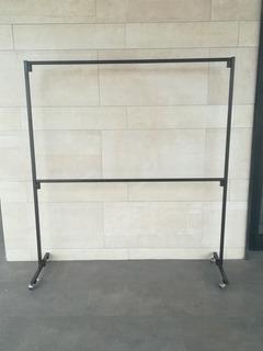 Rack Colgador De Ropa Desarmable Alto 1.75m Largo 1.36m