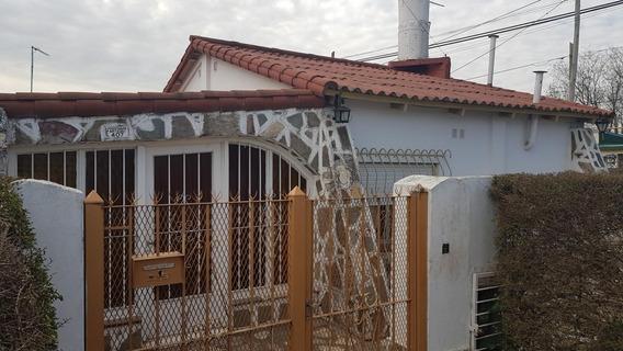 Venta - Casa - M. Acosta - Merlo - U$s 100.000.-