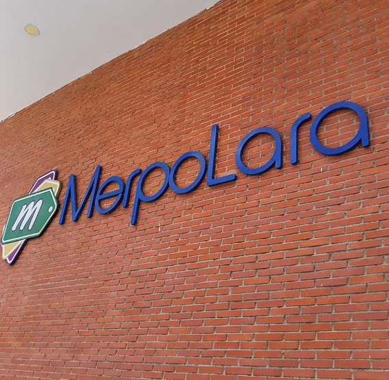 Mini Local En Alquiler Centro De Compras Merpolara
