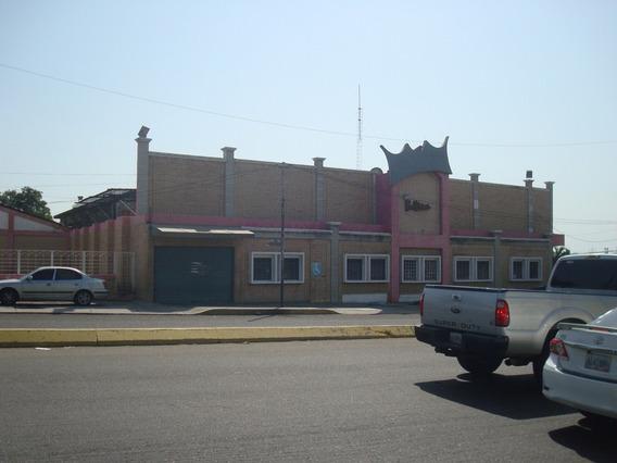 Local Comercial Alquiler Av. La Limpia Mcbo 30940 Lb