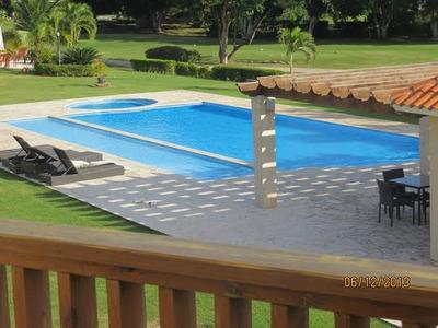 Metro Country Townhouse Lujoso 245.5m2 $us325,000 Campo Golf