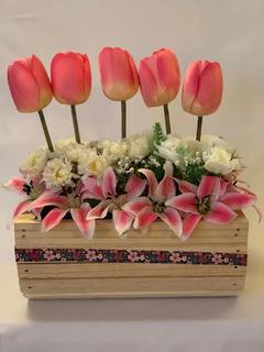 Florero Tulipanes En Base Madera