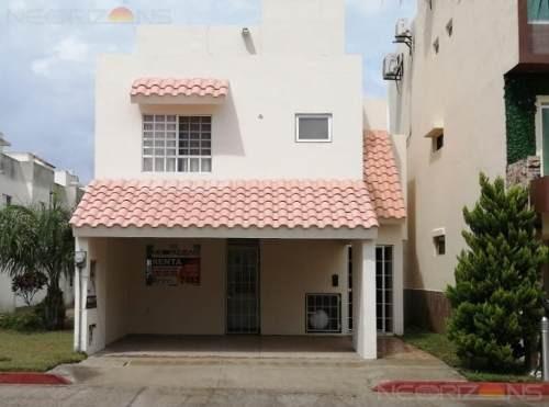 Casa En Renta En Altamira, Fracc. Villas Náutico