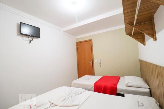 Apartamento No 1º Andar Com 1 Dormitório E 1 Garagem - Id: 892948476 - 248476