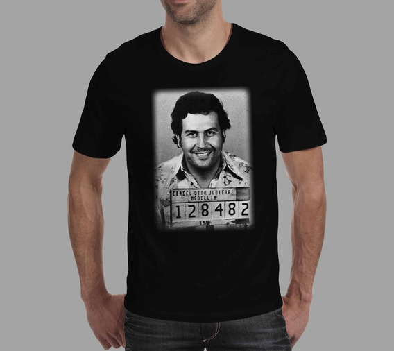 Camiseta Narcos - Preta