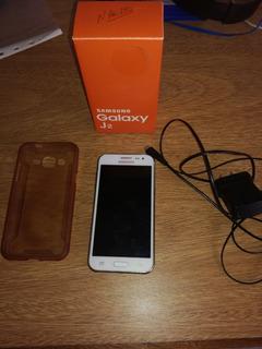 Celular Samsung Galaxy J2 (blanco)
