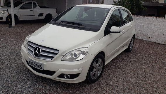 Mercedes Benz / B180 / Confort 1.7 / 2010