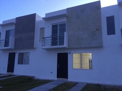 Ciudad Del Sol 3 Rec 1.5 Baños Amplia, En Calle