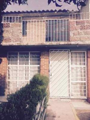 Casa Sola En Venta Cerca De Av. López Portillo