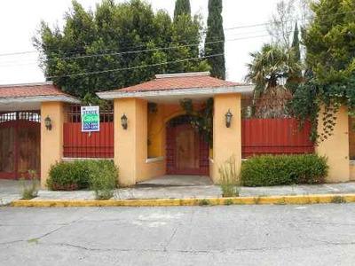 Excelente Casa En El Fracc. Lago De Guadalupe
