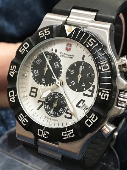 Cronógrafo Victorinox Summit Swiss Army 44mm Veja + Relógios