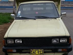 Camioneta Nissan 85