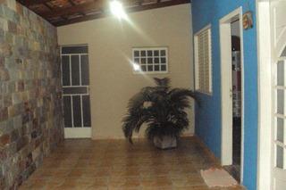 Casa No Bairro Padre Eustáquio Em Itaúna/mg - 153