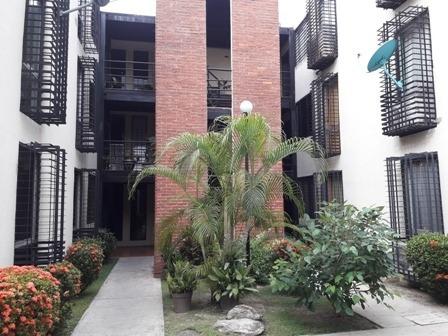 Apartamento En Venta Guacara, Res. Prisma Ata-479