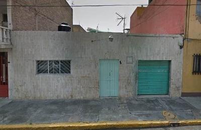 Casa En Venta En Norte 80-a, Gertrudis Sanchez